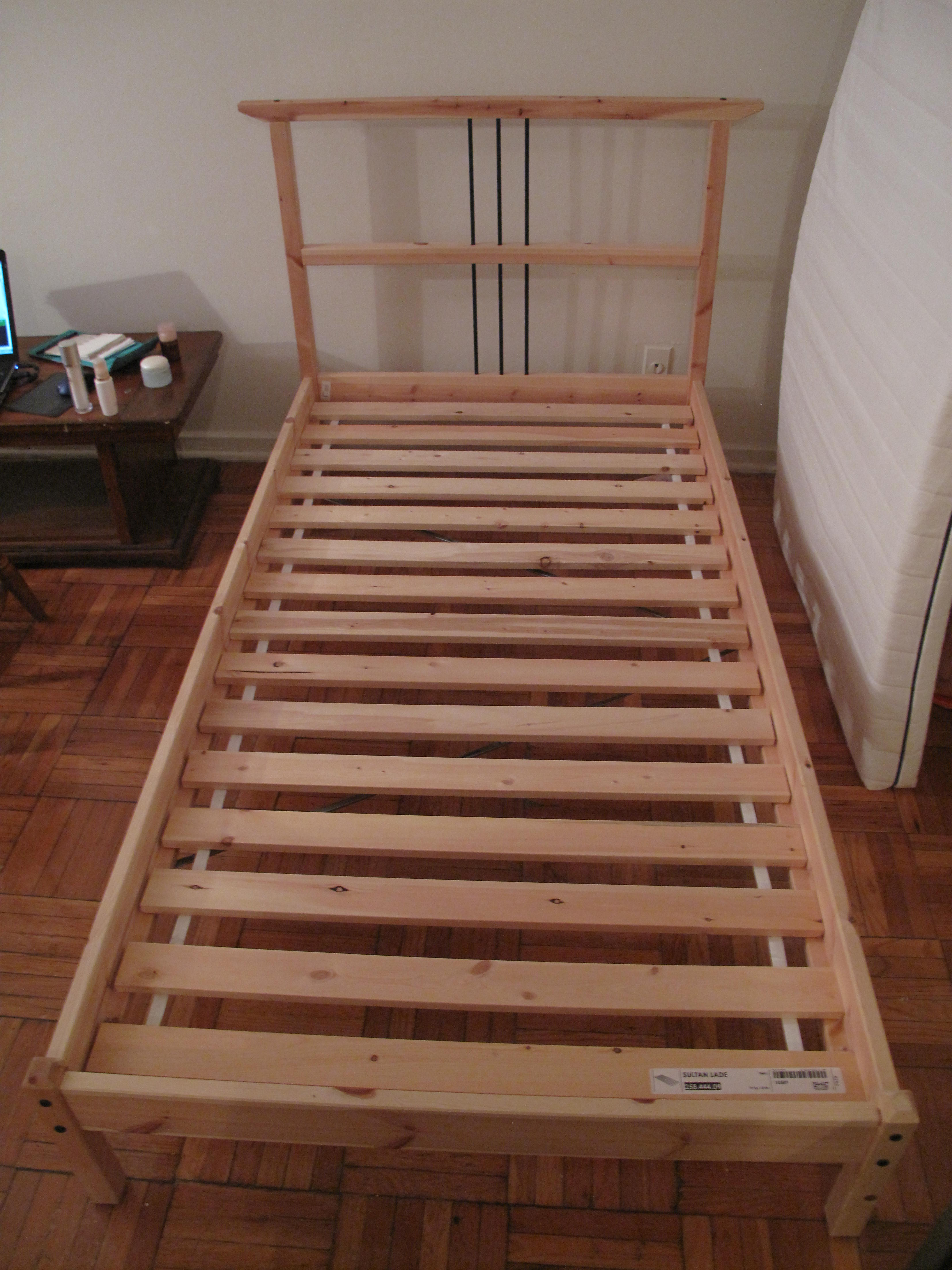 Ikea Dresser Drawers WonT Close ~ 老 中 网  IKEA twin size bed for sale